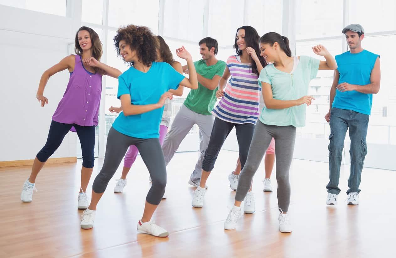 Bailar es expresarse con libertad y ganar salud ¡Descubre sus beneficios aquí!